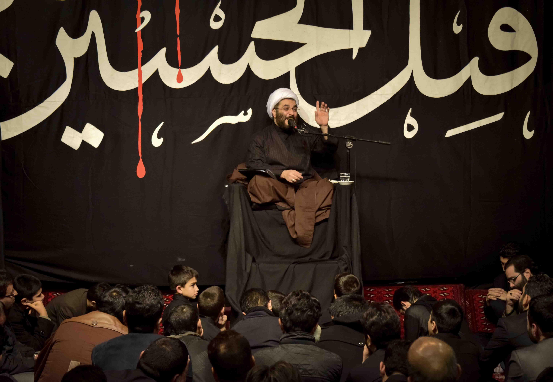 http://www.banifatemeh.org/gallery/gallery185/image19.JPG